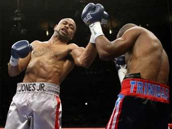 Рой Джонс победил чемпиона мира