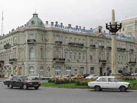 Госнефтефонд Азербайджана в этом году перечислит в бюджет 12 млрд. долларов