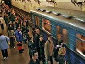 В одном из поездов бакинского метрополитена возникли неполадки