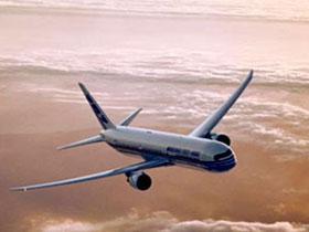 Boeing 767, выполнявший рейс Лондон-Чикаго, аварийно сел в Исландии