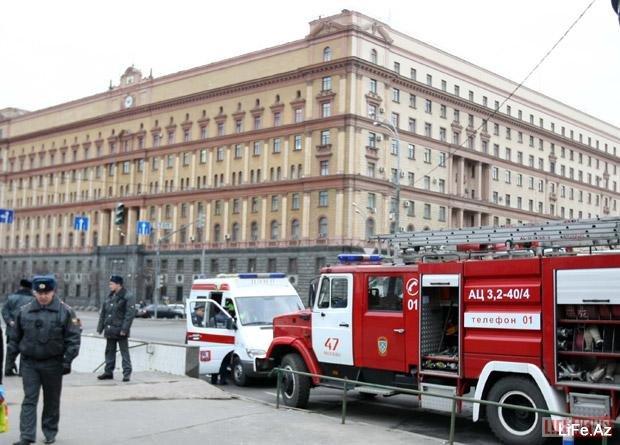 Первые минуты после взрыва в московском метро [Фото и Видео]