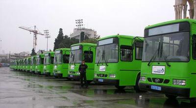 В Баку привезено еще 250 автобусов