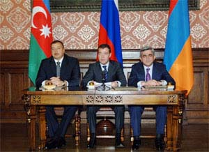 Сегодня состоится встреча президентов Азербайджана, России и Армении
