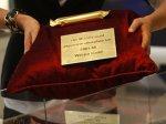 В британских магазинах стали продавать шоколад по цене золота
